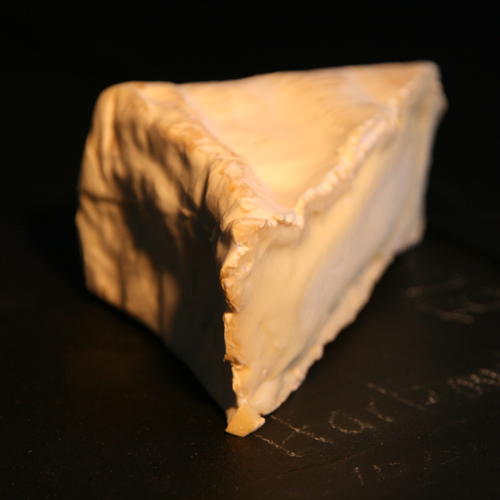 An unpasteurised ewes milk cheese